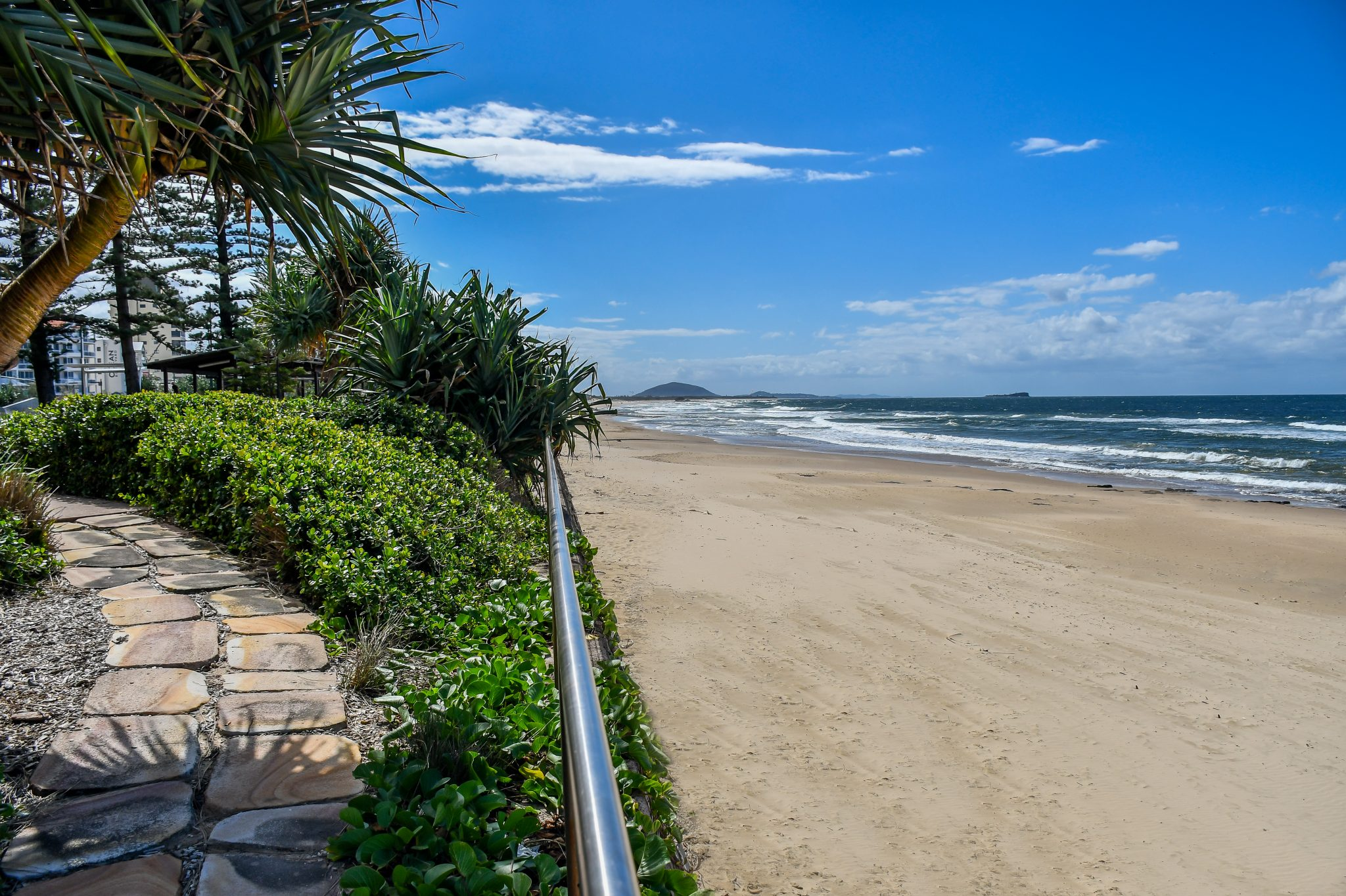 ALEX beach2